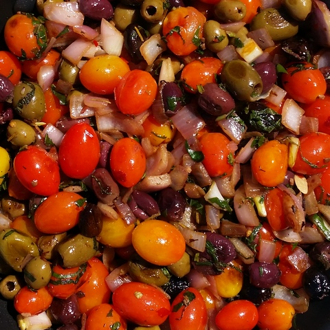 Tomatoes, Olives, Onions